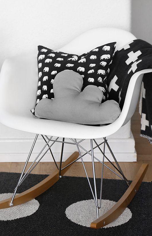 Chaise Eames RAR