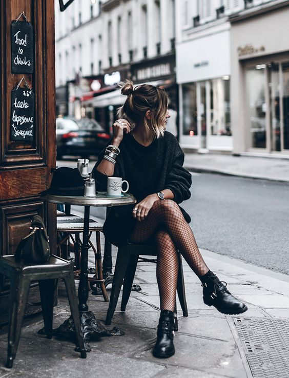 ? Comment s'habiller pour un dîner entre copines ? Conseils et idées de tenues sur https://stylee.fr