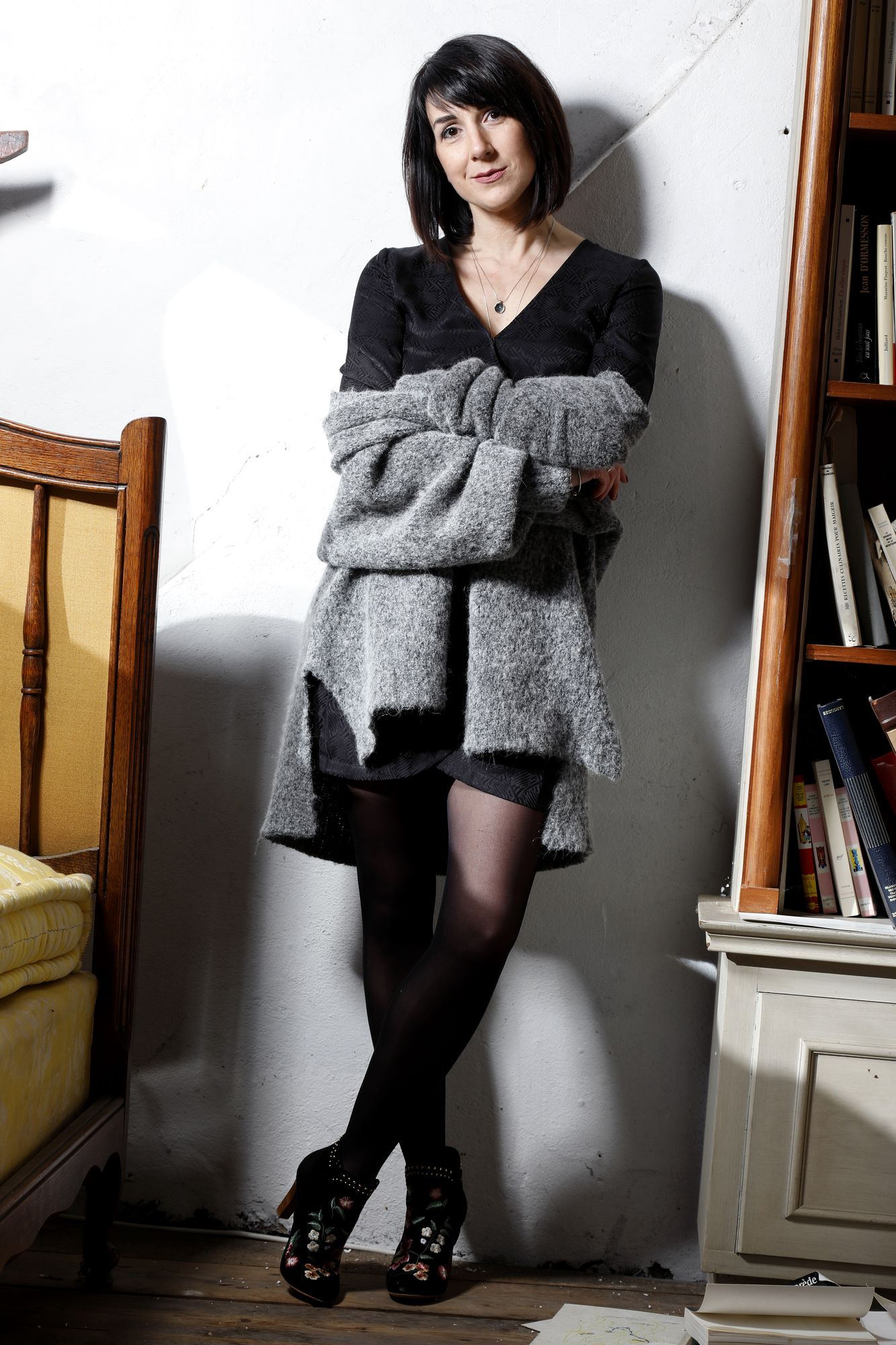 robe en soie et gros gilet